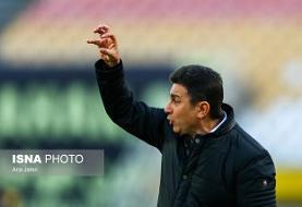 قلعهنویی: در این شرایط فوتبال معنی ندارد/ چرا کسی مسئولیت پروتکل را قبول نمیکند