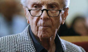 حسن توفیق، طنزپرداز و یکی از مدیران مسئول هفتهنامه توفیق در ۹۵ سالگی درگذشت