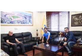جلسه مدیرعامل باشگاه استقلال با فرهاد مجیدی