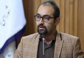 شهرداری نسبت به برخورد نامناسب با دستفروشان تجدید نظر کند