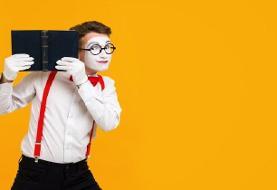 آموزش بازی پانتومیم؛ قوانین بازی و ایدههای بازی کودکان و بزرگسالان
