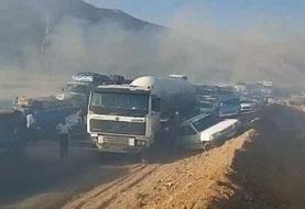 ببینید | تصادف زنجیرهای یازده خودرو در جاده شیراز اصفهان به علت آتش زدن کاه و کلش مزارع
