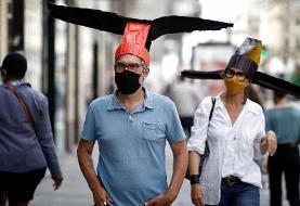 عکس روز|  کلاههایی برای فاصلهگیری جسمی
