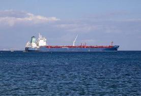 رویترز: آمریکا ۴۰ نفتکش را به دلیل همکاری با ونزوئلا تحریم میکند