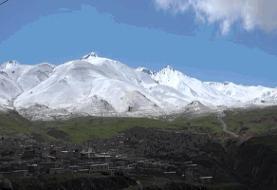 برف ارتفاعات مشگینشهر را سفیدپوش کرد