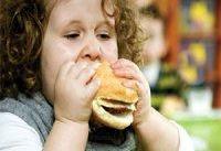 چاقی در کودکی به قلب آسیب می&#۸۲۰۴;زند