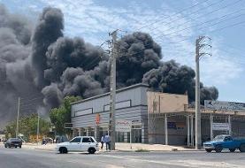 کارخانه لنجسازی در بوشهر اسیر آتش