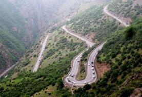 دو کشته و مجروح بر اثر ریزش کوه در محور چالوس