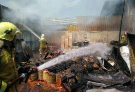 ویدئو | آتش سوزی گسترده در یک انبار کالا در خیابان فداییان اسلام | توضیحات آتشنشانی