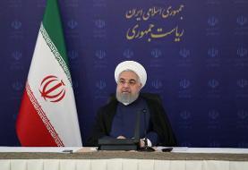 روحانی: از صادرات نفت خام فاصله میگیریم و امسال ۱۷ طرح پتروشیمی را به افتتاح می رسانیم