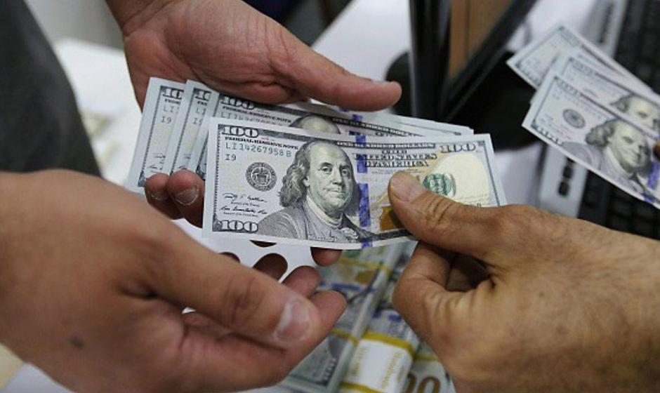 سقوط شدید و تاریخی ارز ملی: دلار رسمی به ۲۱ هزار و ۲۵۰ تومان رسید