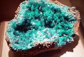 اصلاح قوانین به نفع تولید و صادرات در سند توسعه گوهر سنگها