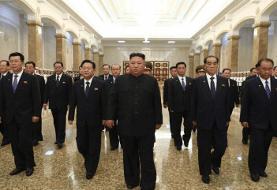 عکس | رهبر کره شمالی پس از مدتها دوباره آفتابی شد | کیم جونگ اون در کاخ خورشید