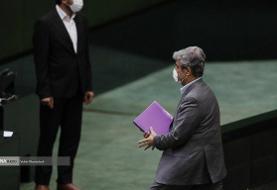 (تصاویر) غلامرضا تاچگردون مجلس را ترک کرد