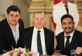 جایزه برترین ورزشکاران ترکیه به «غولهای کشتی» اهدا شد
