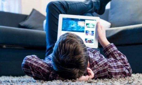 دلیل مرگ ۱۸۰ نوجوان در هر ماه: تبعات خطرناک اعتیاد نوجوانان به «لایک» در فضای مجازی