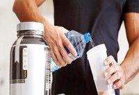 هر آنچه باید درباره تغذیه و مکمل&#۸۲۰۴;های ورزشی بدانید