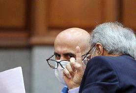 ویدئو   آخرین دفاع در دادگاه به شیوه اکبر طبری را ببینید   تپقهای مکرر متهم ؛ من حقوقی نیستم!