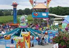 Couple assaults teen Sesame Place employee after he reminds them to wear a mask