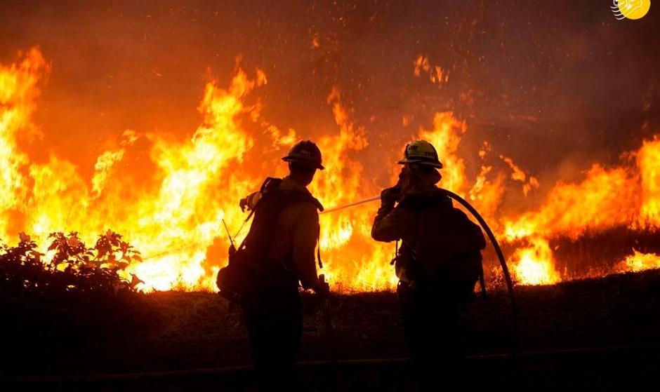تصاویر آتش سوزی مهیب در جنگلهای کالیفرنیا