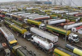 نماینده سنای پاکستان از توقیف 'یک نفتکش ایرانی' در کراچی خبر داد