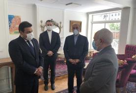 گزارش توییتری سفیر بیروت در تهران از حضور ظریف در سفارت لبنان