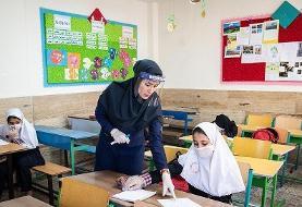 وزیر ابتلای دانشآموزان به کرونا در مدارس را تکذیب کرد