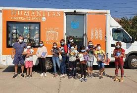 کامیون کتابخانهای عاشقان کتاب در رومانی