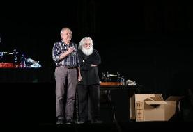 خالق «سربداران» نمایش «عشق روزهای کرونا» را افتتاح کرد