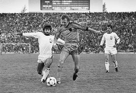 علی پروین مقابل تیم ملی هلند در جام جهانی ۱۹۷۸/عکس