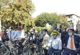 دوچرخه سواری سفرای مقیم تهران به همراه حناچی در خیابان +عکس