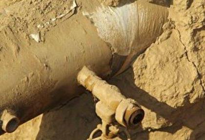 سارقان حرفه ای با حفر تونل ۶۰۰ هزار لیتر گازوئیل از خط لوله ری - تبریز بردند