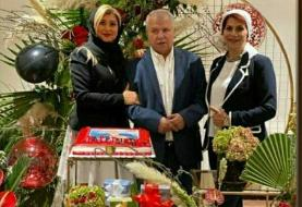 جشن تولد علی پروین در کنار همسر و دختر بازیگرش /عکس