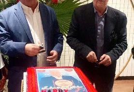 (عکس) کیک تولد علی پروین
