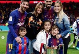 تصاویر | واکنش احساسی مسی به خداحافظی سوارز از بارسلونا