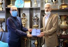 پیشکسوت استقلال خطاب به حسینی:  بچه من نمیخواهم تو را لِه کنم