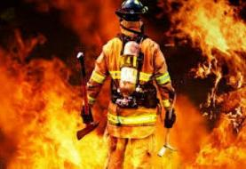قالیباف: زندگی آتشنشانان وقف خدمت صادقانه به مردم است