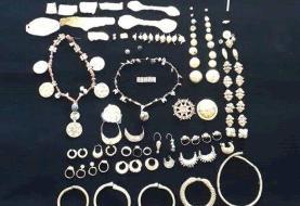 ببینید | کشف ۲۷۸ قطعه طلای هخامنشی از قاچاقچیان