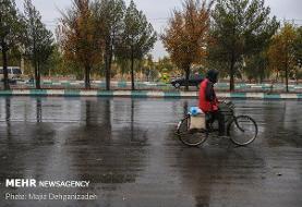 ورود سامانه بارشی از روز گذشته به کشور/ وزش باد به داد تهران رسید