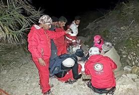 نجات کوهنورد زن در ارتفاعات خاییز تنگستان