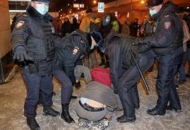 بازداشت ناوالنی حین ورود به روسیه/ دستگیری حامیان در فرودگاه (+عکس)