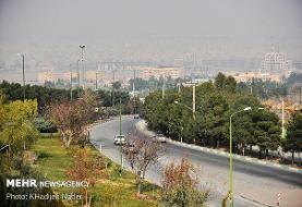هوای اصفهان برای گروههای حساس ناسالم است/ احمدآباد در وضعیت قرمز
