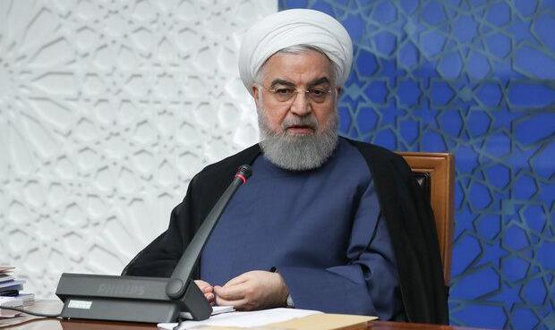 روحانی : به آمریکا فحش بدهید که نگذاشت واکسن کرونا وارد ایران بشود نه ...