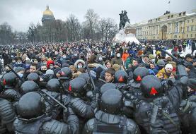 تصاویر | بازداشت ۱۰۰۰ منتقد و مخالف پوتین | اعتراض سراسری در روسیه به بازداشت ناوالنی