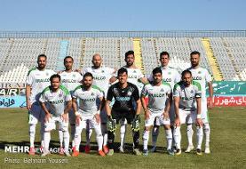 دیدار تیمهای فوتبال آلومینیوم اراک و پرسپولیس تهران