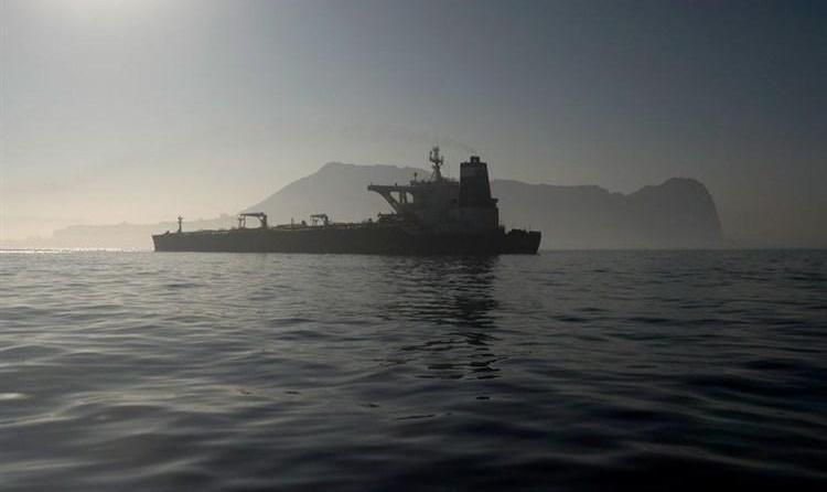 آمریکا به دستور قبلی ترامپ نفتکش دو میلیون بشکه نفت ایران را  توقیف کرد