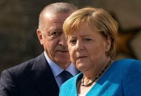 اردوغان به مرکل: ترکیه مهمانسرای پناهجویان شده است