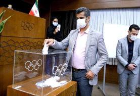 هادی ساعی برای حضور در انتخابات تکواندو ثبت نام کرد