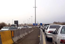 ترافیک در برخی مقاطع جاده چالوس سنگین است