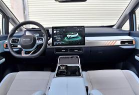 خودروی باکیفیت و پاک چینی/ «آیون Y» جذابیت های یک محصول مدرن را به نمایش می گذارد (+عکس)